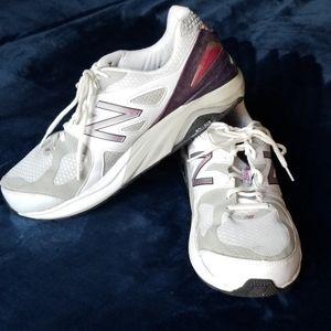 New Balance 4E Motion Control Athletic Shoes